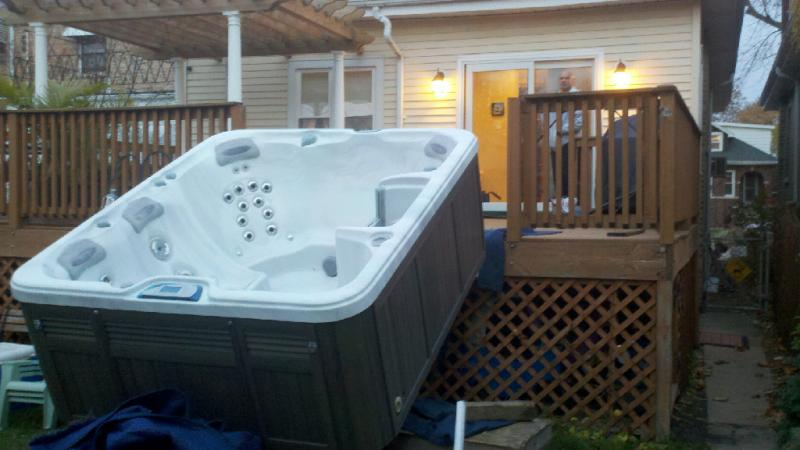 Mels Hot Tub & Spa Movers - Home